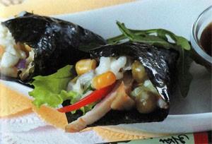Темаки суши с рыбным салатом